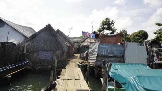 """Cabanas Carti: Carti. Sobre la derecha sobre el """"toilet"""""""