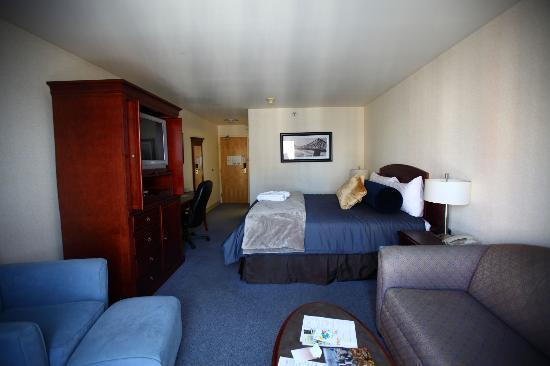 Sandman Hotel Montreal-Longueuil: Executive suite