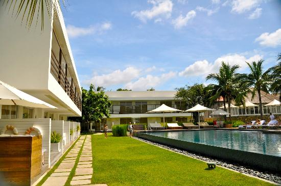 Putahracsa Hua Hin: view of pool area (main complex)