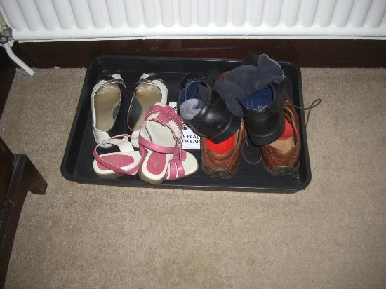 Newhouse Farm: Shoe Tray - nice touch!!