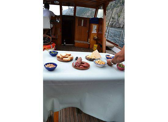 Le Sirenuse Hotel: Sunset cruise on the Hotel's boat
