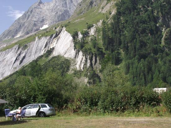 Camping Des Glaciers: The view