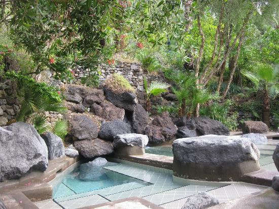 "Negombo Giardini Termali: Maya"" Kneipp pool (temp: 18° and 38°) 2 baths, the bigger one having hot and the smaller one col"