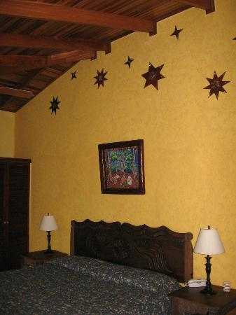 Tierra Magica Bed & Breakfast / Art Studio: my room