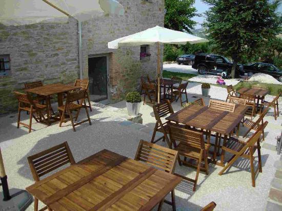 Terrazze - Foto di Antico Borgo Ristorante, Arcevia - TripAdvisor