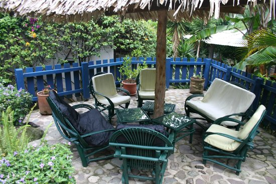 Vulcano Lodge: Lounge chairs