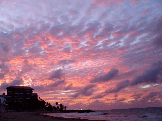 Atlantic Beach Hotel: Sunsets are breathtaking