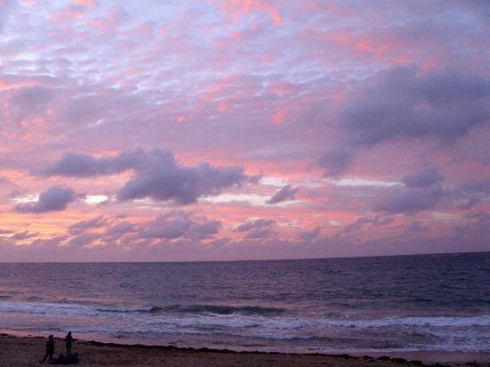 Atlantic Beach Hotel : Expect amazing Sunsets