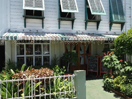 Oasis Cafe: Front Entrance
