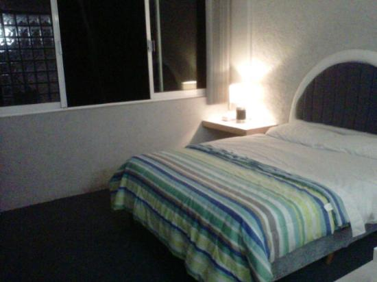 Suites Churubusco: Habitacion