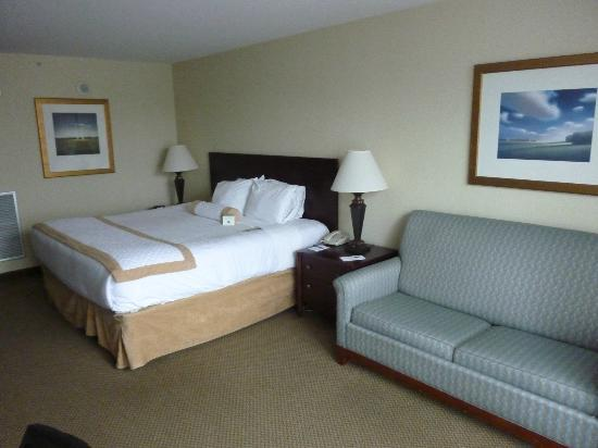 Morgantown Marriott at Waterfront Place: Great Roomy Rooms