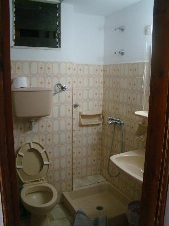 Platon Hotel : il bagno