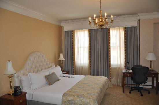 Lenox Hotel: The Room