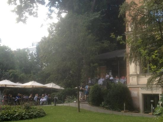 Wintergarten im Literaturhaus: beautiful outdoor cafe