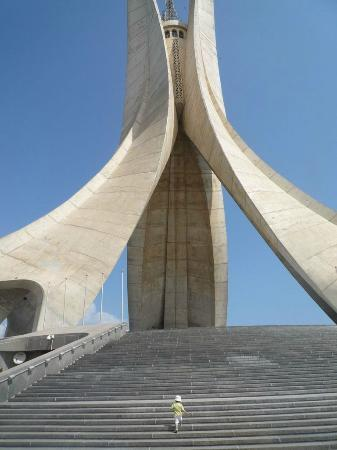 Memorial du Martyr: .