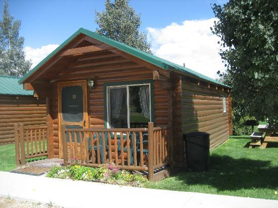 Bryce Canyon Country Cabins: Outside