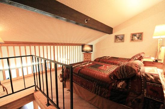 The Lodge at Tamarron: Upstairs loft