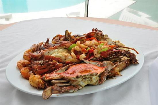 Hotel Turicentro Martita: Our Mix of Seafood called Zarzuela.