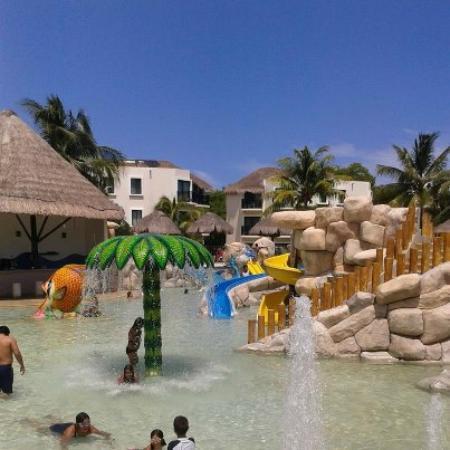 Sandos Caracol Eco Resort : Aqua park