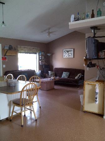 Stone Haven Inn B&B: Living area