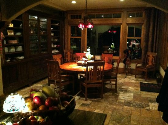 Kessler Canyon, Autograph Collection : The chef's table in the kitchen