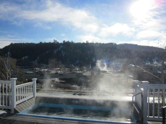 Overlook Hot Springs Spa: Overlook is awesome!!