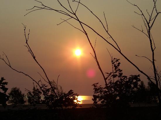 Marquette, MI: Sunrise on Lake Superior from the Birchmont Motel