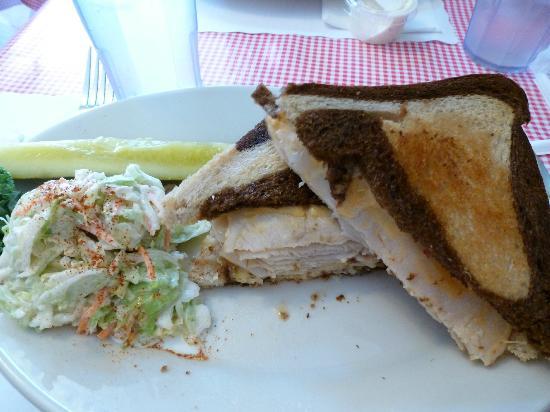 Red Skiff Restaurant: Turkey Rueben