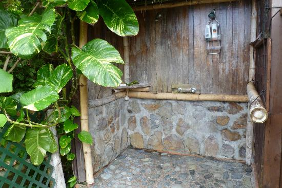 Tisa's Barefoot Bar: The shower