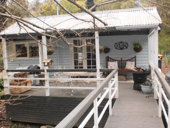 Aldgate Valley Bed and Breakfast: cottage