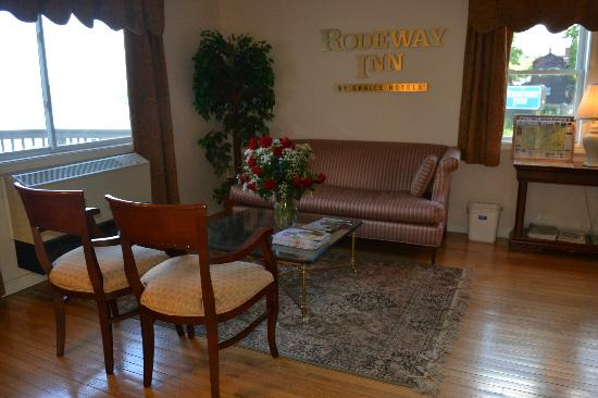 Travelodge Tilton/lake Winnisquam: Reception Area