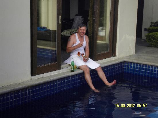 Pullman Sanya Yalong Bay Villas & Resort: Из номера сразу в бассейн