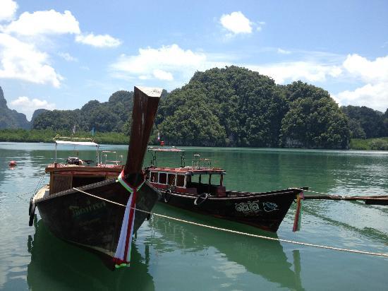 ไฮแมทการ์เดนส์: Thalen Bay Pier, Krabi.