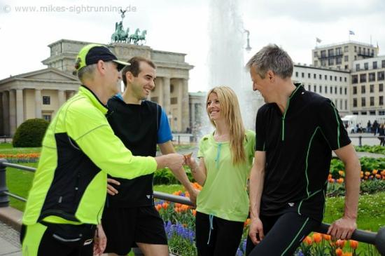 Mike's SightRunning Berlin: At the Brandenburg Gate
