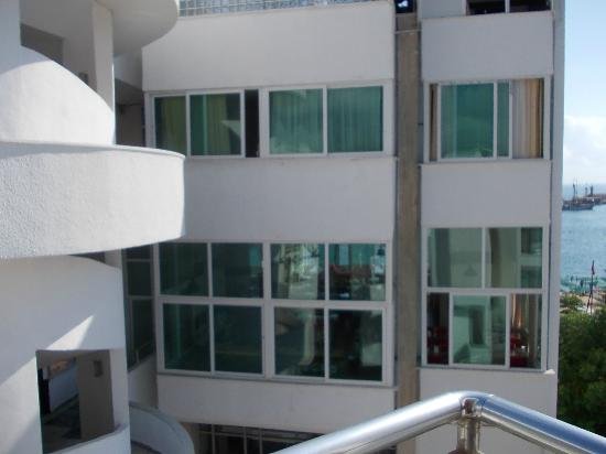 Mira Olimpos Beach Hotel : Вид с балкона