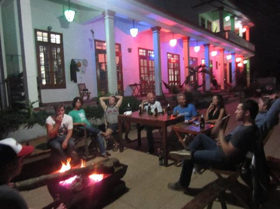 Phong Nha Farmstay: A fire to socialize around out the front.