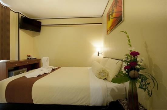 Sun Beach House: Standard Room Queen size bed