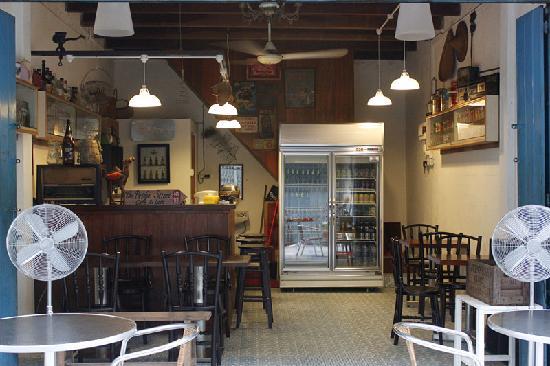 Alley No.5 Cafe: cafe