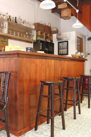Alley No.5 Cafe