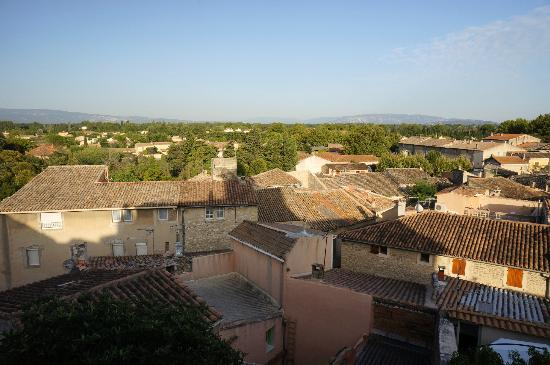 Le Posterlon: view from upstairs window