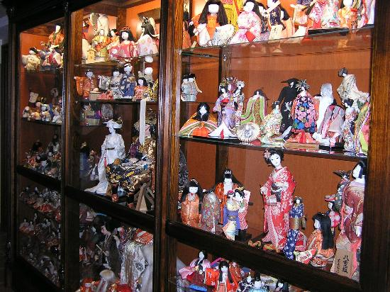 Villa Japonica: part of the dolls collection