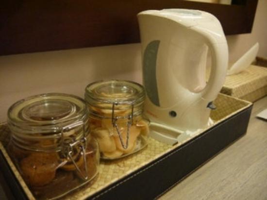Kakiang Bungalows: プレミアルームMORIに初日にありました。カキアンベーカリーのクッキー。めちゃくちゃ美味です‼