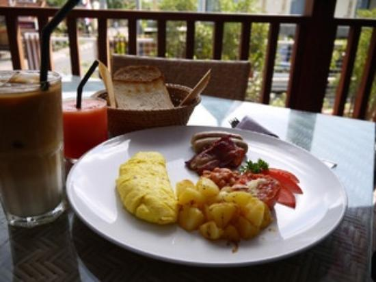 Kakiang Bungalows: TRADITIONAL ENGLISH BREAKFAST