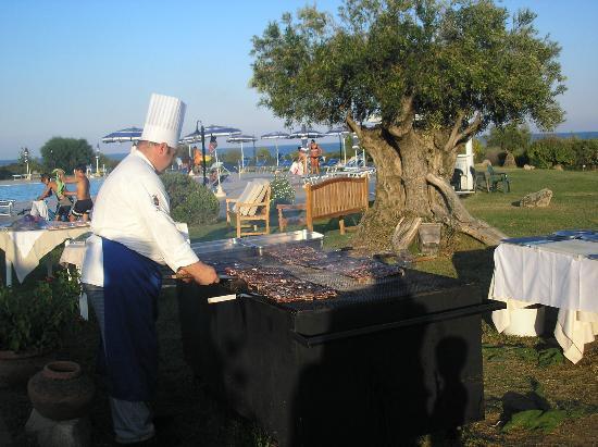 Hotel Club Baia del Porto: grigliata
