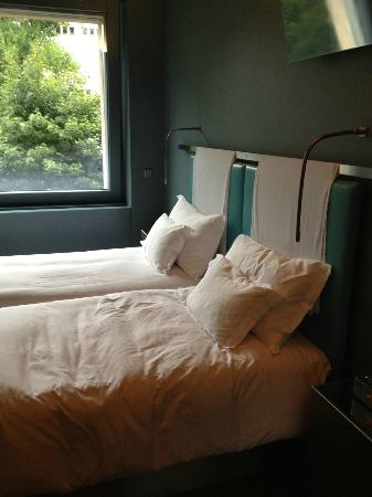 The Hotel Luzern: Loft suite bedding