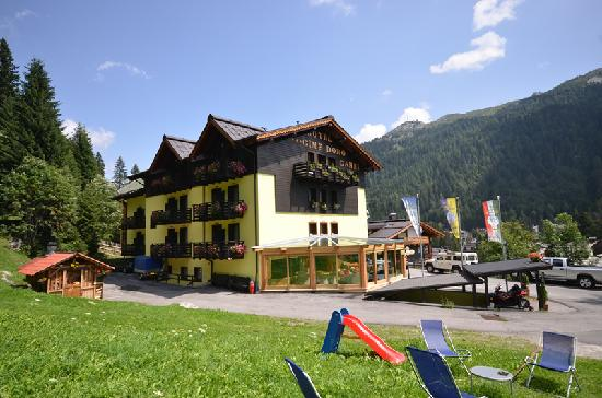 Photo of Hotel Cime d'Oro Madonna Di Campiglio