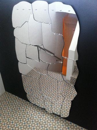 Ammos Hotel: Campana mirror