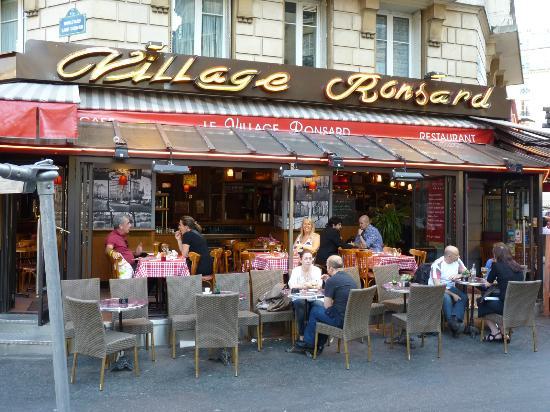 Best Western Jardin De Cluny: our local restaurant