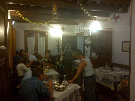Roncofreddo, İtalya: La sala a piano terra