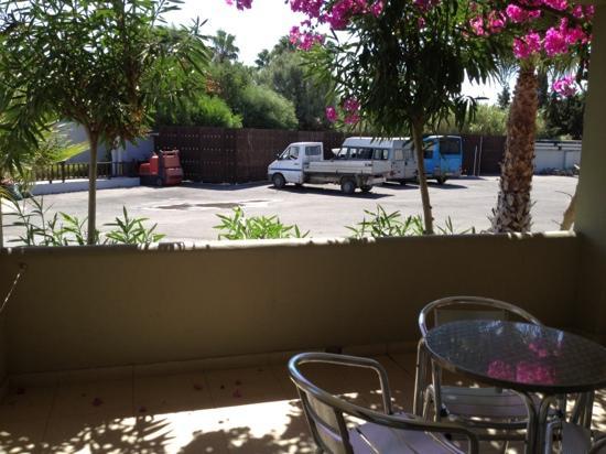Kipriotis Village Resort: vue de la chambre